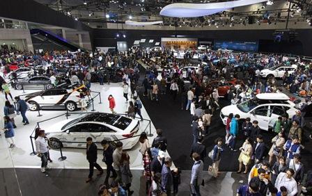 За первые 2 дня Seoul Motor Show посетило более 20 000 человек
