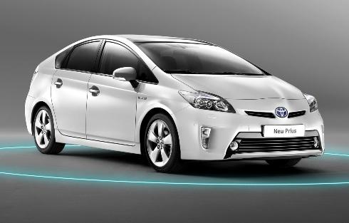 Тойота сокращает продажи Приусов